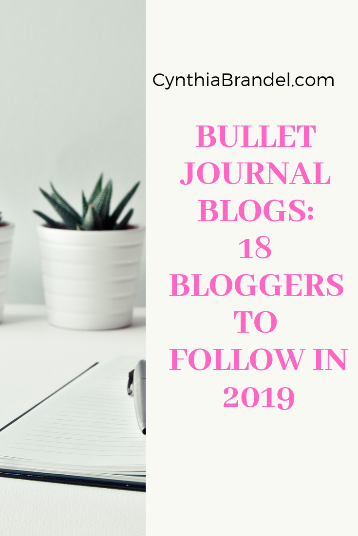 Bullet Journal Blogs: 18 Bloggers You Must Follow in 2019 | Looking for bullet journal notebook recommendations or bullet journal setup ideas, this list of bullet journal bloggers has it all.  These are the best bullet journal blogs of 2019.  Click through to learn more.